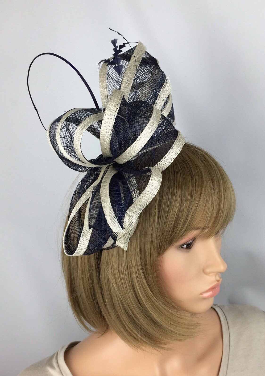c40c8928 Navy Blue and White Fascinator Wedding Mother of the Bride Ladies Day &  Ascot Races Occasion Event in 2019 | Pretty Elegant 1 | White fascinator,  Blue, ...