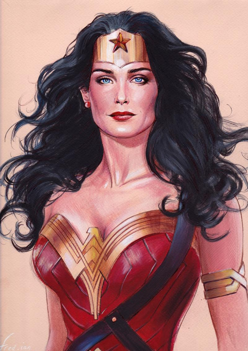 Wonder Woman Sketch By Fredianparis On Deviantart Wonder Woman Comic Woman Sketch Wonder Woman Drawing