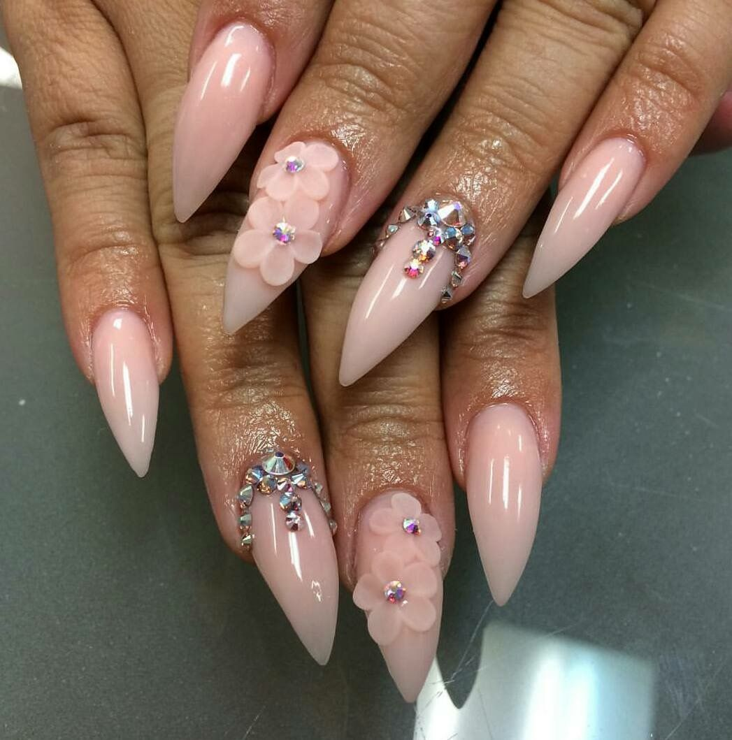 Pin by Evelin Abundes on Nails | Pinterest | Neutral nails, Nails ...
