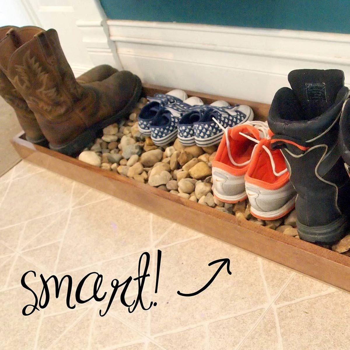 12 DIY Entryway Boot Tray Ideas #familyhandymanstuff