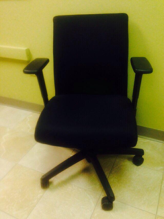 Task chair WB Mason 2014 Auction Home Garden – Wb Mason Chairs