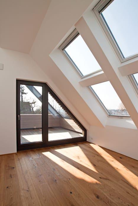 Dachgeschoss moderne schlafzimmer von sigrun gerst ...