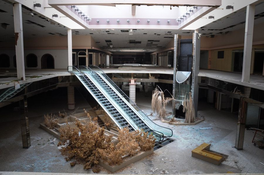 Eerie Photos Of Abandoned Malls Reveal A Decaying Side Of Our - 30 haunting images abandoned shopping malls