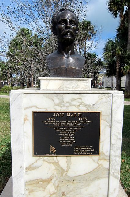 Miami Beach Collins Park Jose Marti José Martí 1953 1895 Was A Leader Of The Cuban Independence Movement From Spain A National Heroes Miami Cuban People