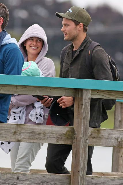 Jamie Dornan Life: New Pictures of Jamie and His Family Arriving Back...