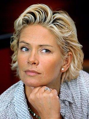 Claudia Effenberg Claudia Die Nette Kurzhaarfrisuren Flechtfrisuren Kurzhaarfrisuren Dunnes Haar