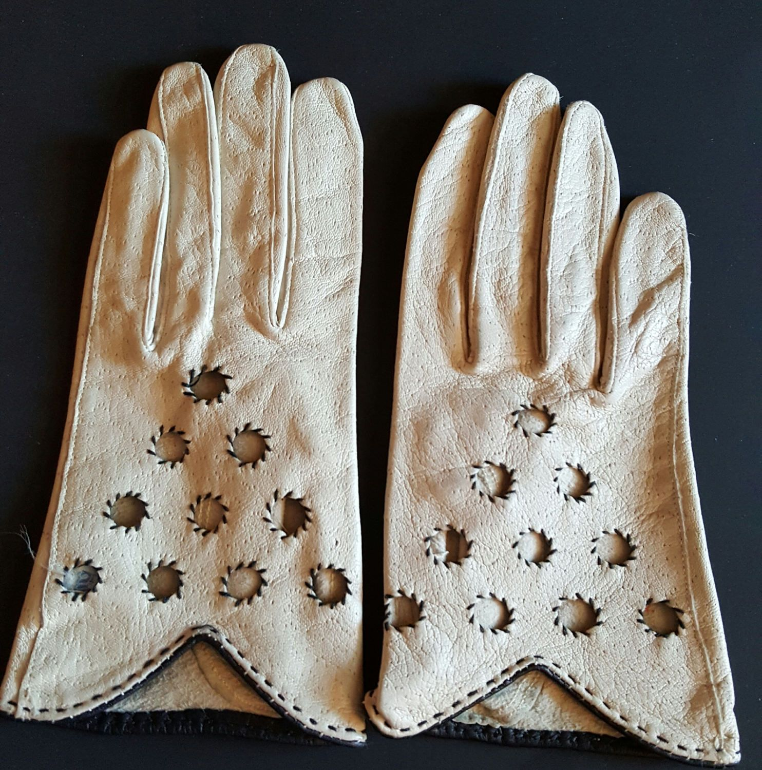 Quality leather driving gloves - Kid Leather Driving Gloves Van Raalte Ladies Size 7 Unlined Vintage Very High Quality