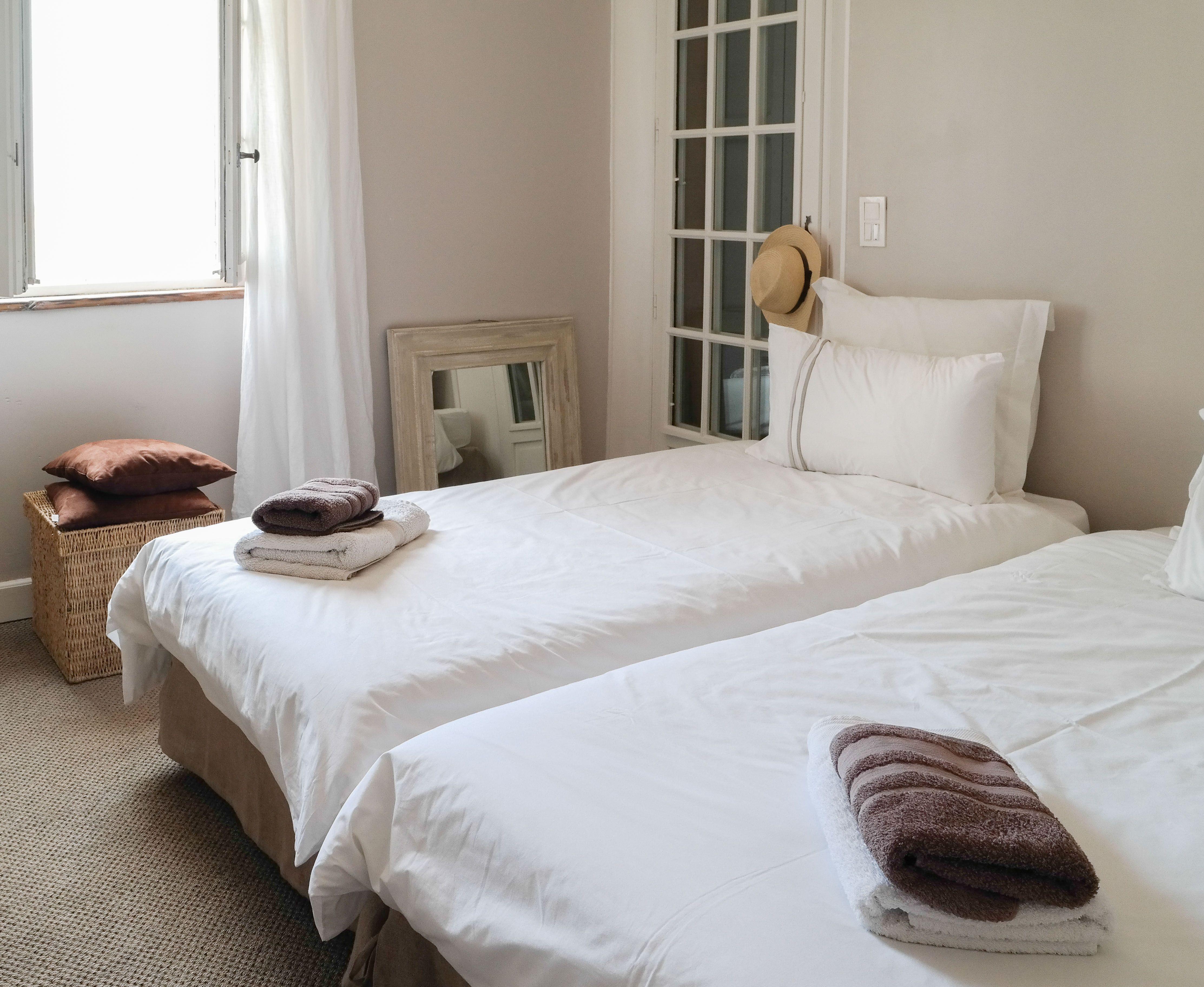 Rustige Slaapkamer Ideeen : Slaapkamer in rustige tinten portfolio interieur pinterest