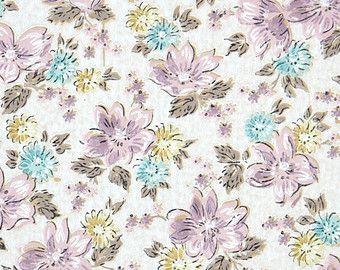 ann es 1950 vintage wallpaper papier peint floral fleurs de chintz violet et bleu sur blanc. Black Bedroom Furniture Sets. Home Design Ideas