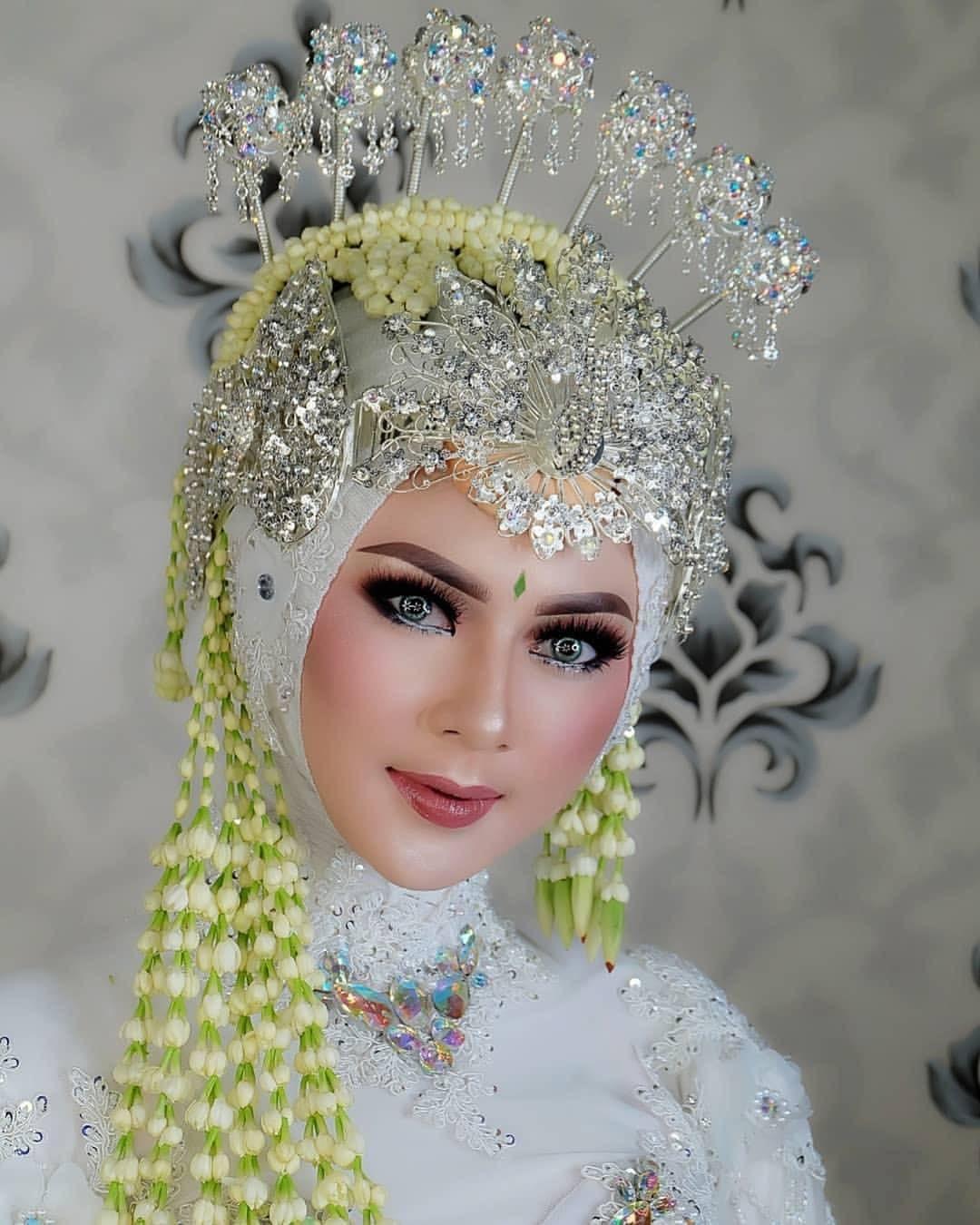 Vvip Clas Make Up Nbsp Nbsp Aini Nbsp Nbsp Wedding Sunda Siger Merak Mini Silver Cocok Untuk Kebaya Putih Ataupun Kebaya Make Up Pengantin Muslim Glamour