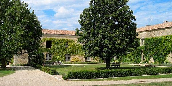 Francia. Chateau Rigaud, una vacanza da favola