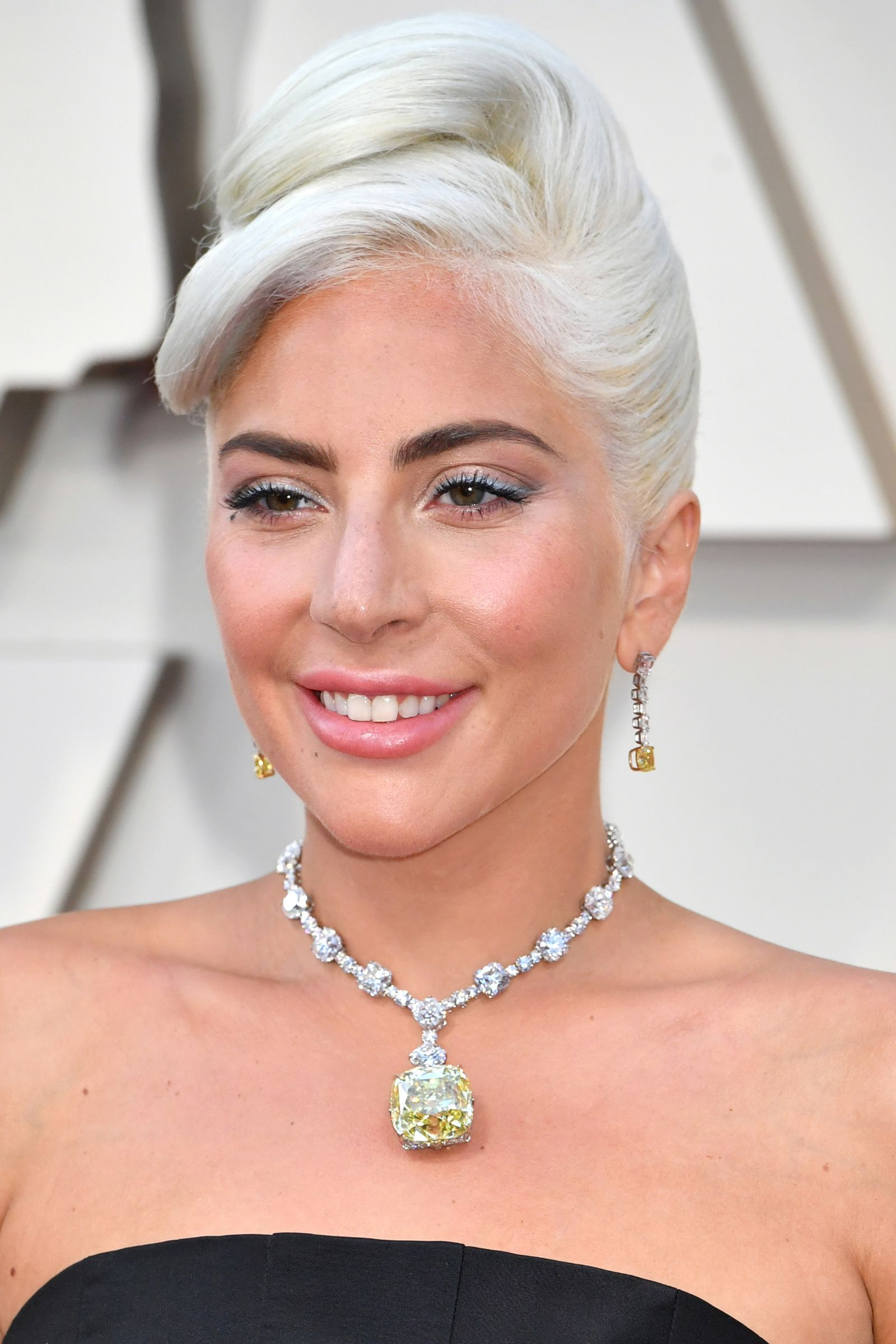 Every Make Up And Hair Product Lady Gaga Wore At The Oscars
