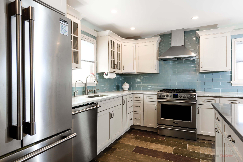 Pin By Consumers Kitchens Baths On Breezy Point Bliss Kitchen Design Kitchen And Bath Oak Kitchen