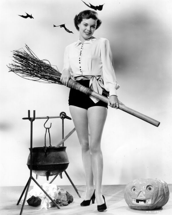 Nancy Gates | Pin-Up (Halloween) | Pinterest | Gates and ...