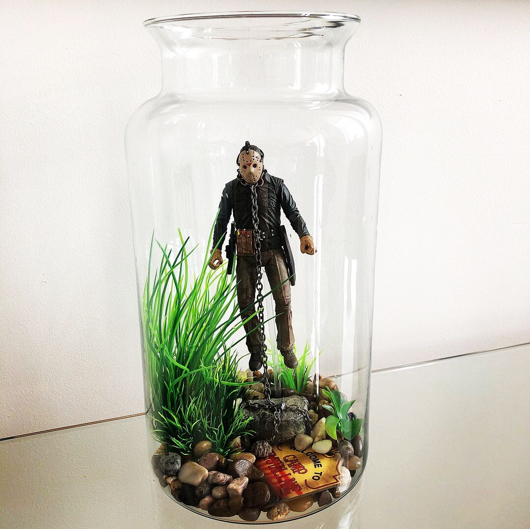 Artificial Plants Some Rocks Jason Part 6 And The Camp Crystal Lake Accessory Pack I Was Inspired By The Dud Lake Fish Decor Artificial Plants Fishing Decor