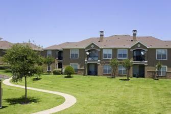 Reserve At Pebble Creek 3800 Pebblecreek Ct Plano Tx 75023 House Styles Mansions Apartment