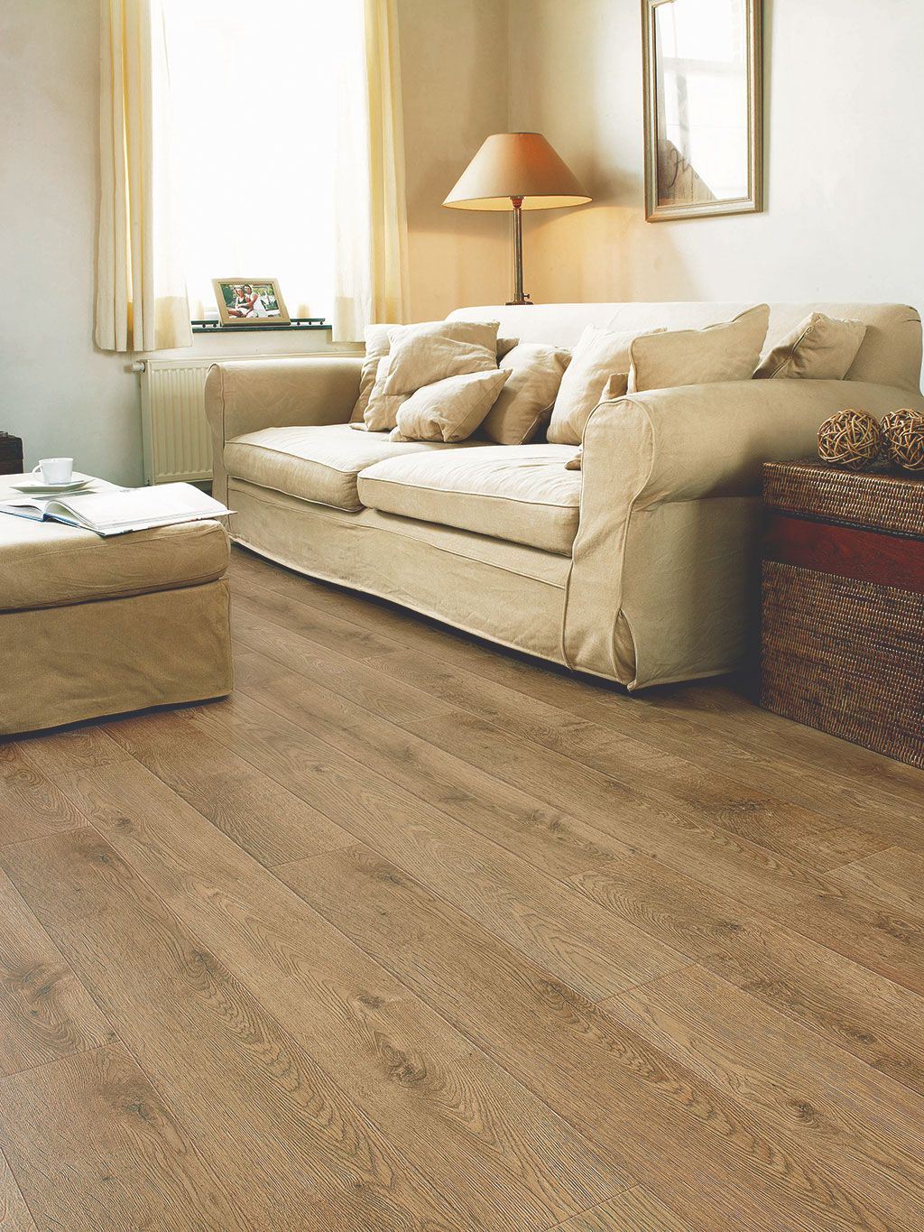 How to choose the ideal living room floor Wood laminate