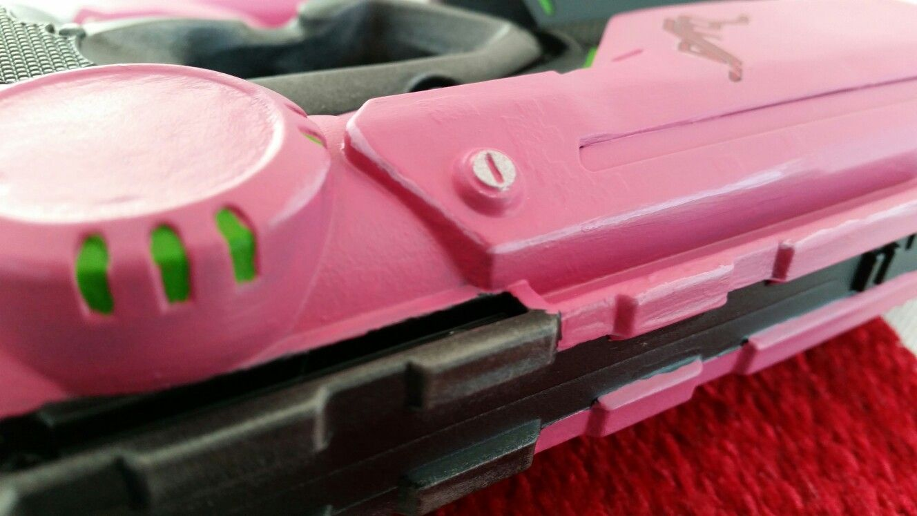 Little detailing touches to the edges on one of my Overwatch Dva inspired Nerf  gun mods