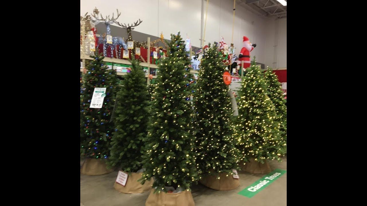 Beautiful Christmas Decorations On Display At Home Depot November 5 20 Pretty Christmas Decorations Beautiful Christmas Decorations Christmas Decorations