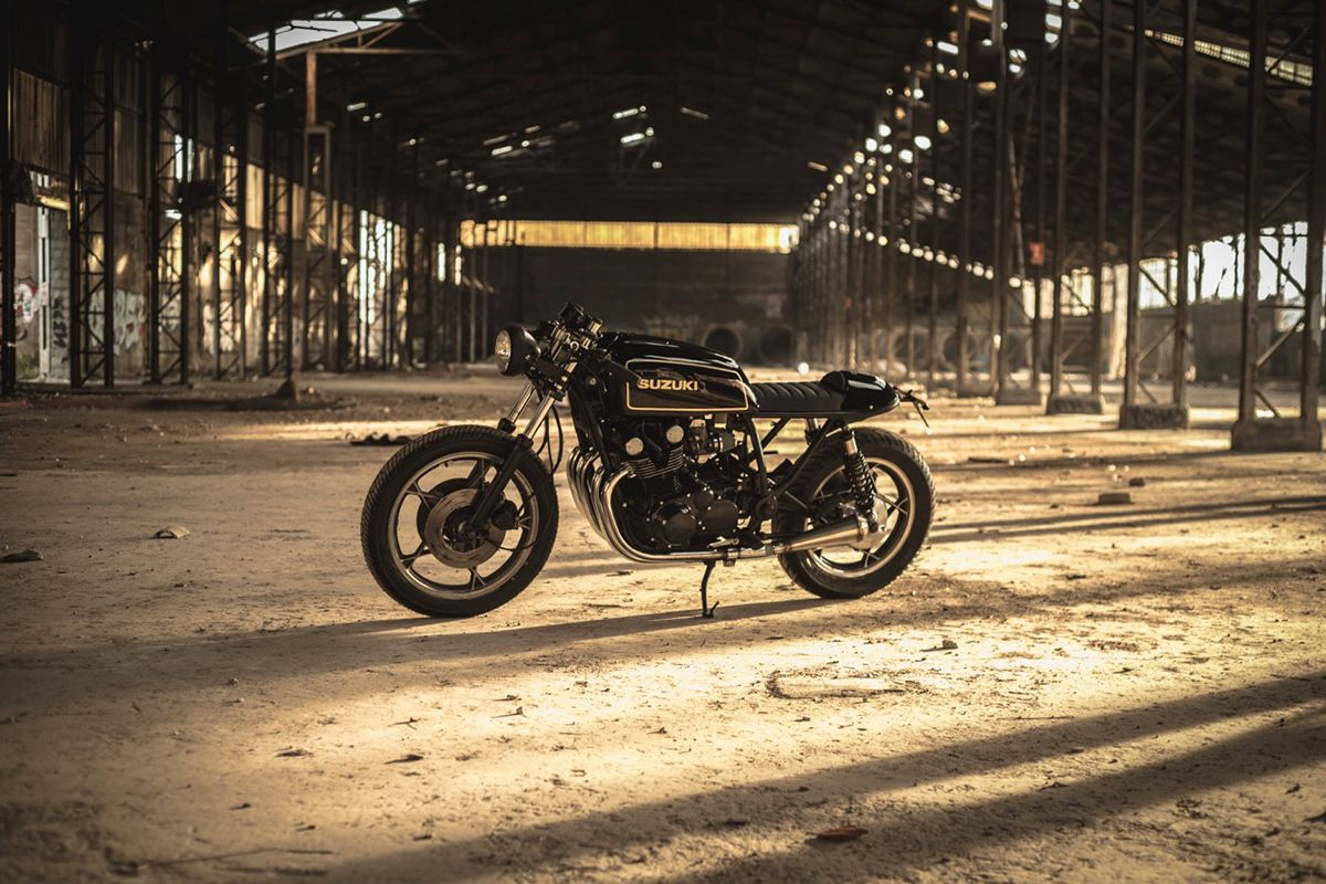 Simply Stunning Nitrocycles Suzuki Gs850 Return Of The Cafe Racers Suzuki Cafe Racer Cafe Racer Cafe Racer Motorcycle