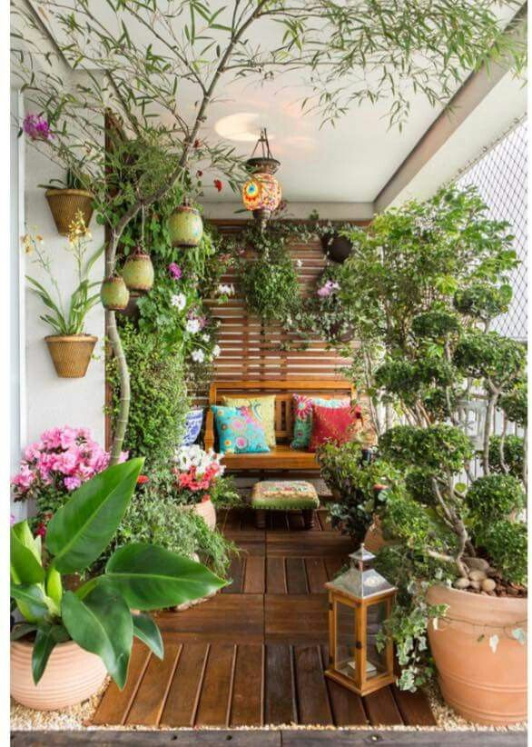 Um pequueno espaço lindo e acolhedor!   Balcony Gardens   Pinterest ...