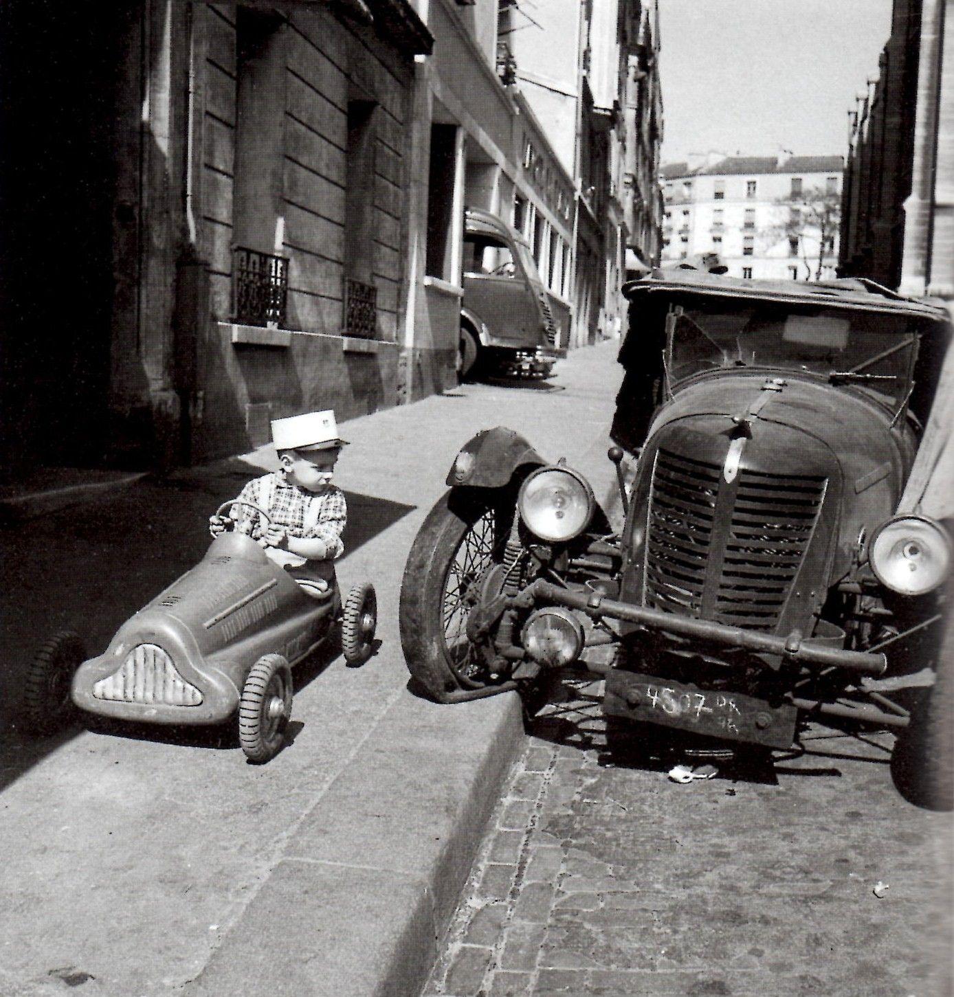 anthony luke's not-just-another-photoblog Blog: Photographer Profile ~ Robert Doisneau