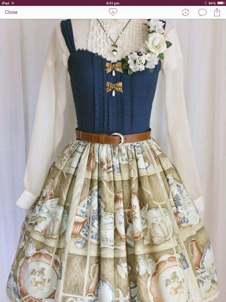 Retro prairie FASHION in a Lolita  dress