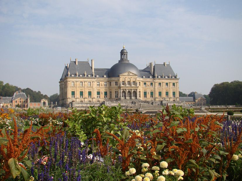This is Castel in Ile de France, where a