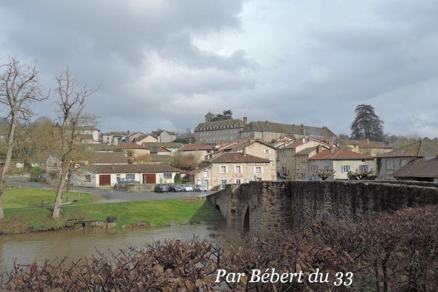 Village #Pigna #Corse #Corsica Village préféré des français - chambre d hote antraigues sur volane