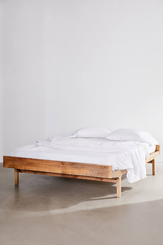 Wyatt Bed In 2020 Minimalist Bed Minimalist Bed Frame Bed