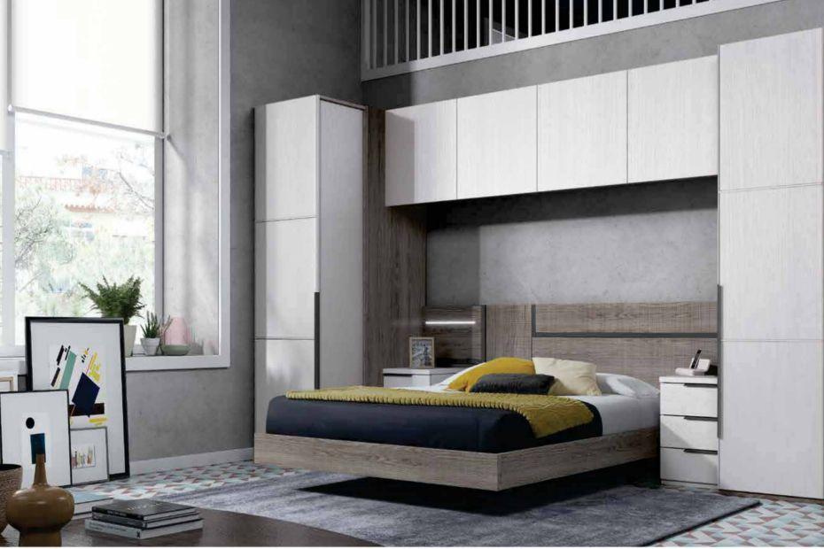 Dormitorio frente con armario de rinc n extra ble para un for Closet para cuartos matrimoniales