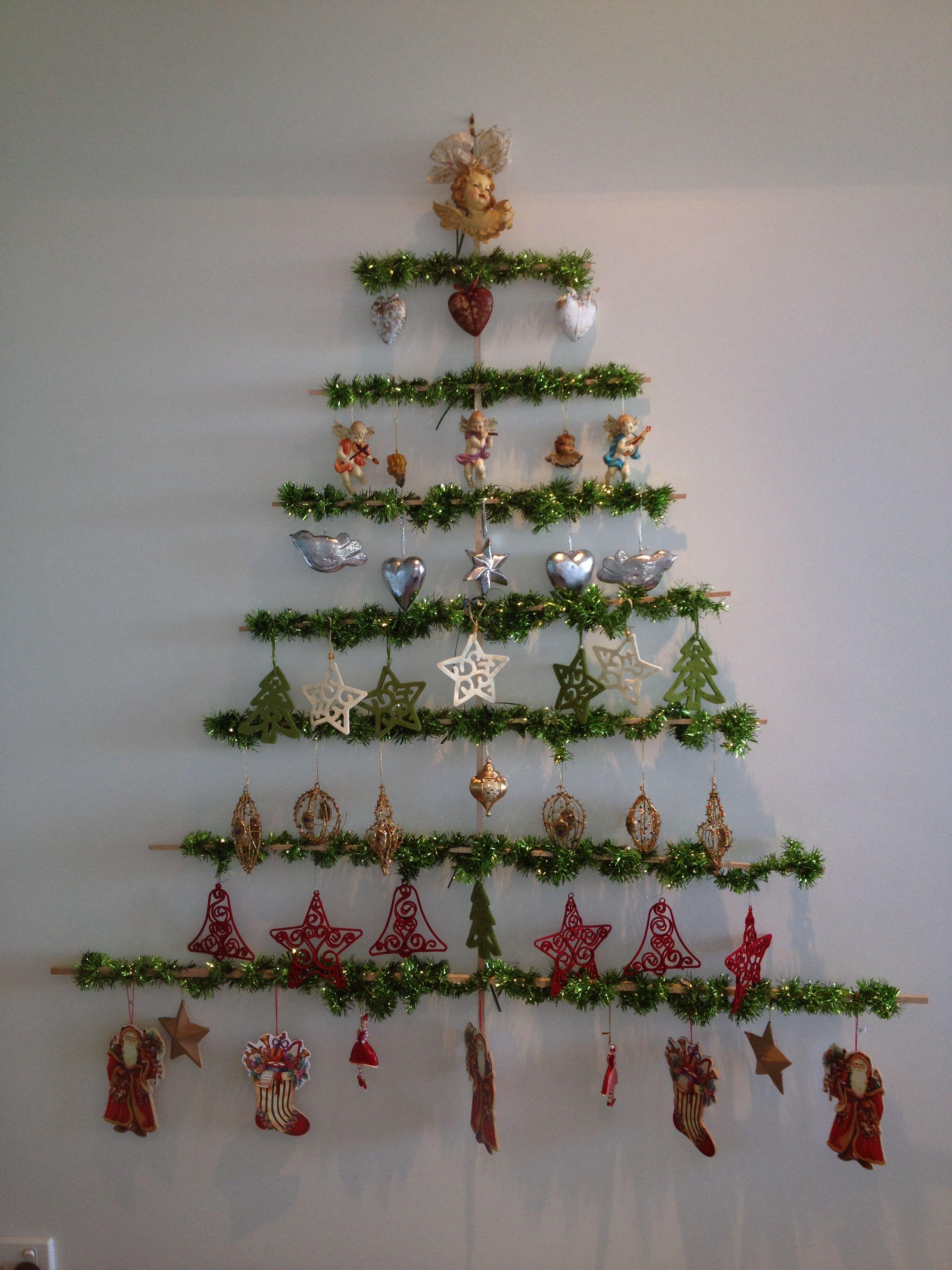 Christmas tree wall hanging DYI TIS THE SEASON Diy