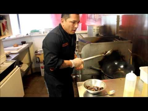 Lomo Saltado Receta - TiraDToss Restaurant - Daniel Vassallo - YouTube