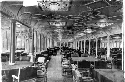 photos du titanic rares salle a manger   Des photos du Titanic plutôt rares   titanic secours sauvetage photo paquebot olympic noir et blanc...