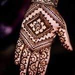 Best Mehndi Deisgns For Hands And Feet 2013