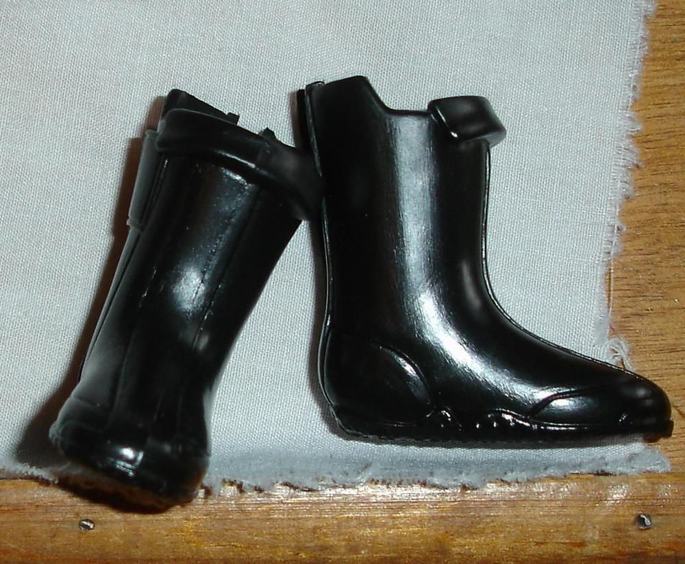 Ken doll accessories boots for vinyl feet black with a tinge of brown coloration #Mattel