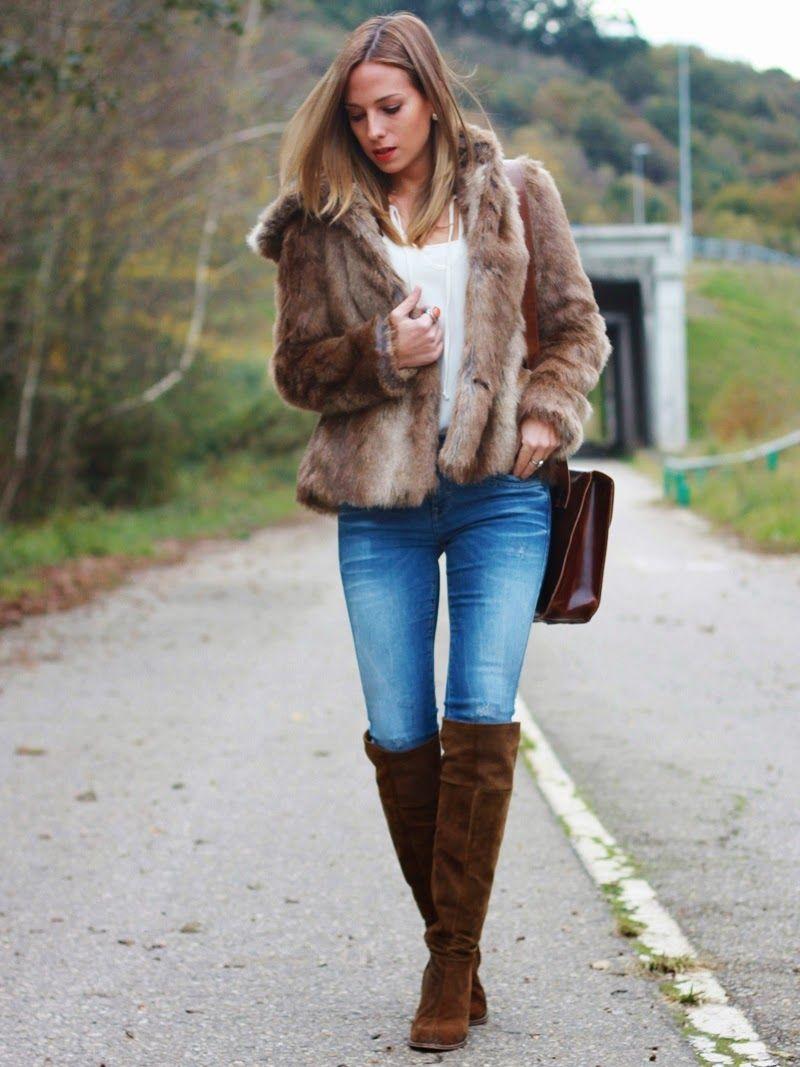 Look con abrigo de pelo