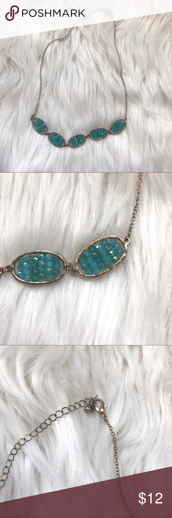 Stitch Fix Turquoise Beaded Gold Necklace Stitch Fix Turquoise Beaded Gold Necklace One size Pre-owned, excellent used condition Adjustable clasp Work at neckline length Stitch Fix Jewelry Necklaces #stitchfix