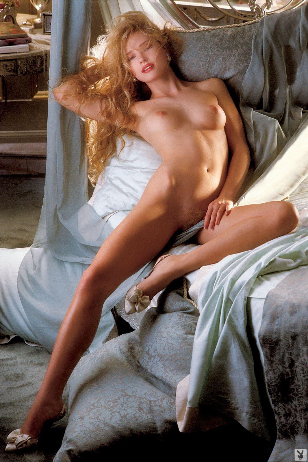 Paula perrette nude photos