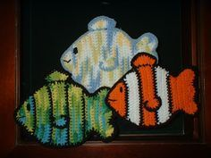 Free pattern for a fish dish cloth/pot holder