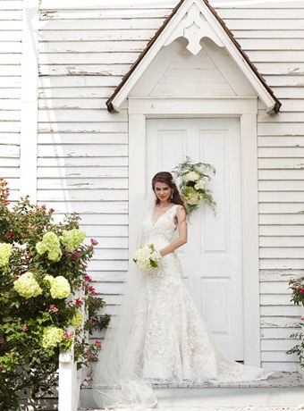 Pin By Paige Saye On Wedding Clothes Wedding Dresses Ball Gown Wedding Dress Cute Wedding Dress