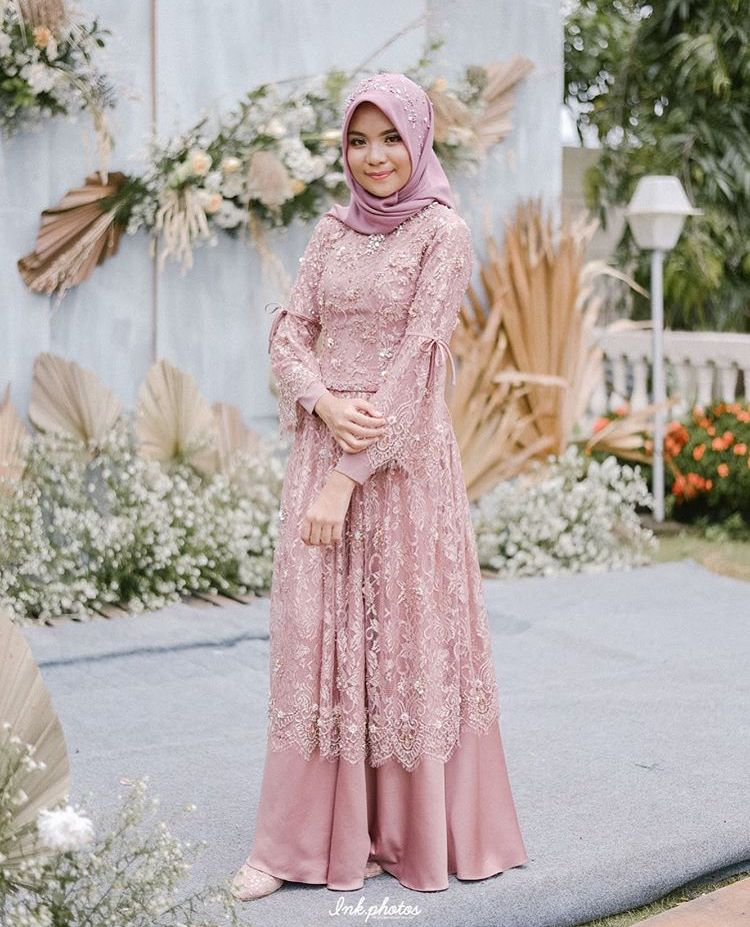 Model Baju Kebaya Brokat Muslim Modern Terbaru Soft Purple