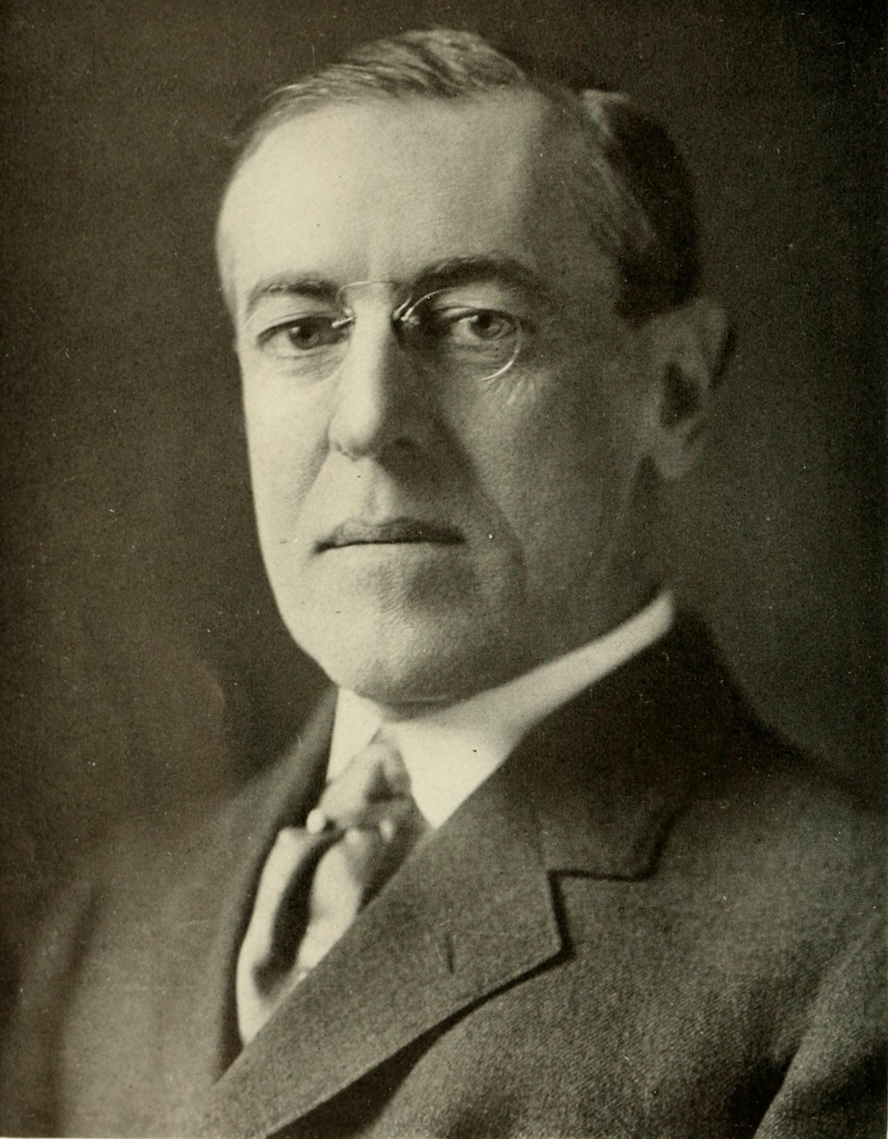 What should my research paper thesis statement be on Woodrow Wilson?