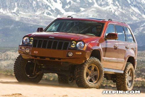 Jeepin Com Mopar Underground Jeep Grand Canyon Ii Jeep Wk Jeep Grand Jeep Garage