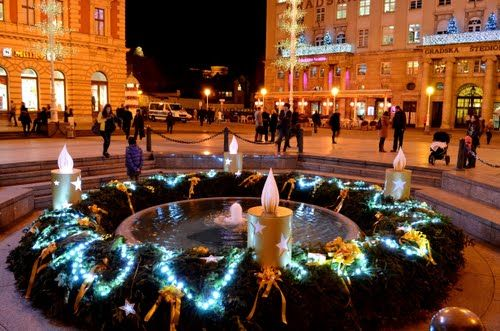 Advent U Zagrebu Mandusevac Trg Bana Josipa Jelacica Zagreb Croatia Zagreb Croatia