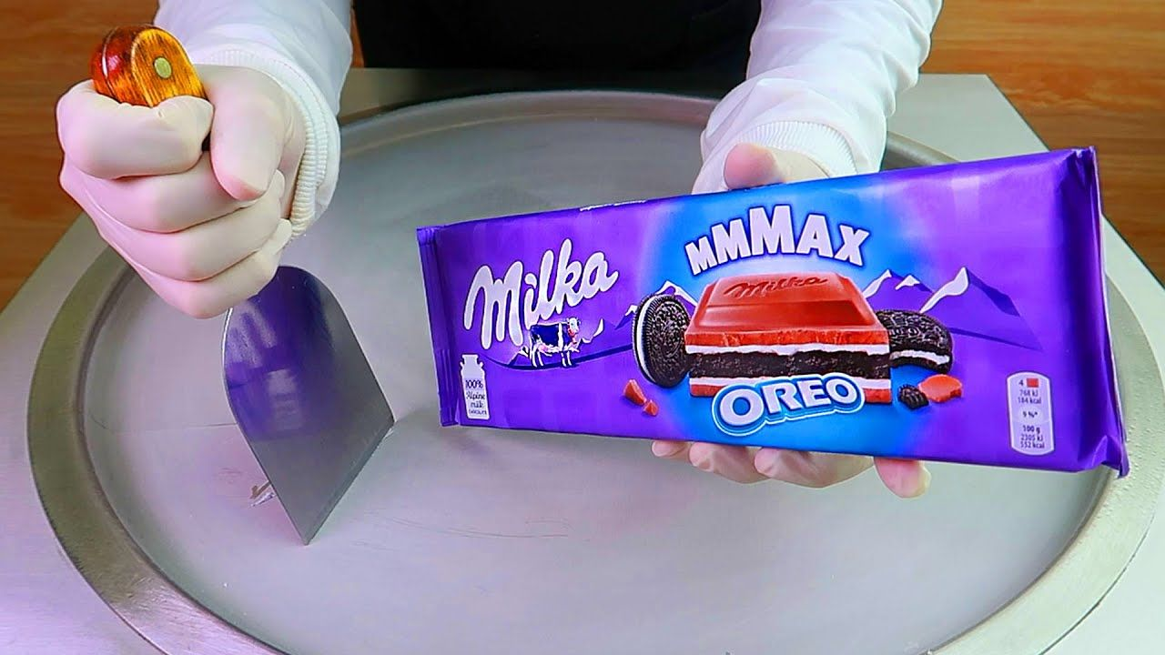 Cadbury Dairy Milk Oreo Ice Cream Rolls Street Food ايس كريم رول كادبو In 2021 Cadbury Dairy Milk Oreo Ice Cream Oreo