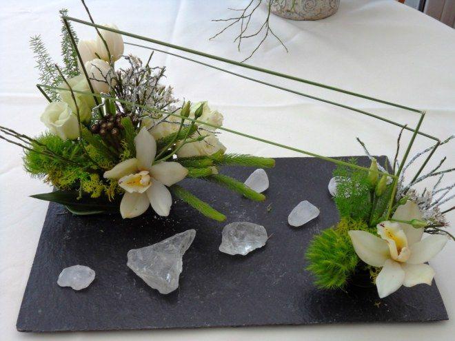 compo florale sur ardoise pinterest compositions florales composition et art floral noel. Black Bedroom Furniture Sets. Home Design Ideas