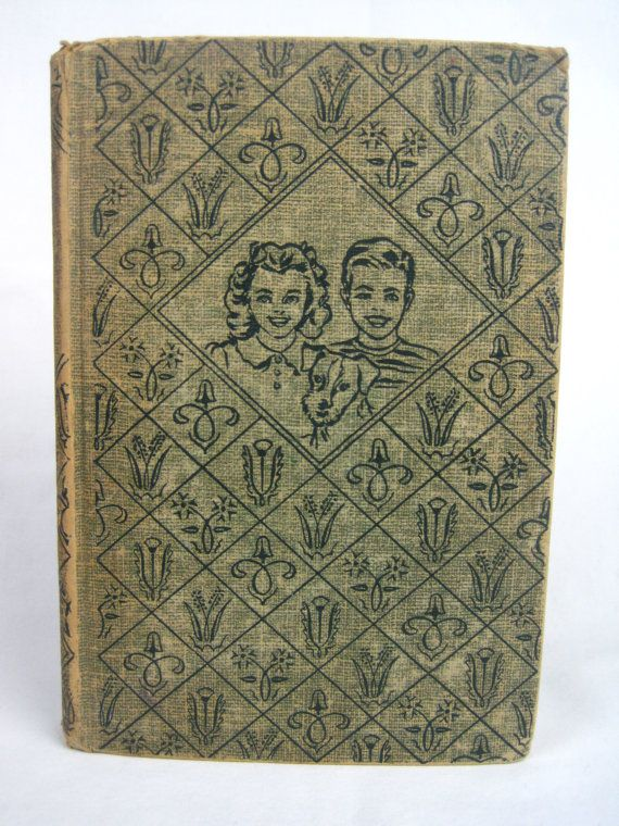 The Bobbsey Twins At Sugar Maple Hill By Laura Lee Hope Etsy Laura Lee Hope Vintage Book Vintage Books
