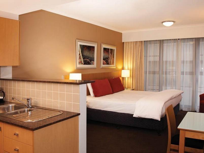 Medina Serviced Apartments Martin Place Sydney Australia Serviced Apartments Hotel Furnished Apartment