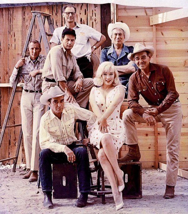 Marilyn Aux Cotes De Clark Gable Dans Le Film Les Desaxes De John Huston Un Film Ecrit Par Son Mari Arthur Miller Et Qui Sera Tourne Au